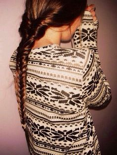 Must get an adorable sweater like this for Christmas ❄️⛄️