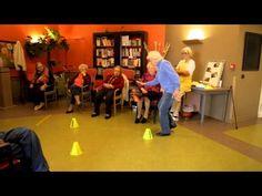 Basket Ball en EHPAD avec ReSanté-Vous - un exemple d'une activité physique adaptée - YouTube