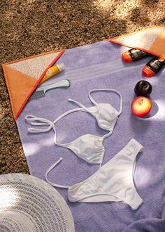 Toalha de praia com porta-trecos, patchwork que organiza