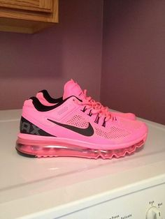 Womans Nike Airmax 2013 Hot Pink