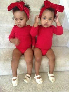 Because having beautiful mixed babies like this is my destiny lmao Twin Baby Girls, Twin Babies, Baby Kids, Beautiful Black Babies, Beautiful Children, Precious Children, Cute Twins, Cute Babies, Baby Swag