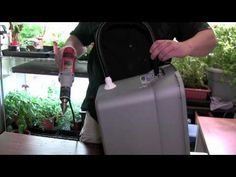 How-To Build your Own Hydroponic System for Beginners. I tried to make this system as cheap as I could and as simple as possible. It was a learning project. Hydroponic Growing, Hydroponic Gardening, Aquaponics, Gardening Tips, Container Plants, Container Gardening, Hydroponic Supplies, Grow Lamps, Milk Crates