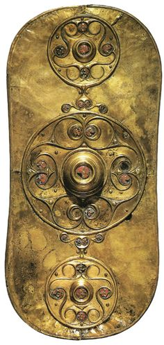 Full view of the Celtic Battersea Shield | The Battersea Shield was found in the area around Chelsea Bridge, London. Dated to 350 BC, it seems that an object this elaborate would belong to a member of the warrior elite or even a Celtic chief. The Battersea shield is from the La Tene era which is characterised by the spirals, circles, interwoven knots and lattices that remain in modern Celtic art.