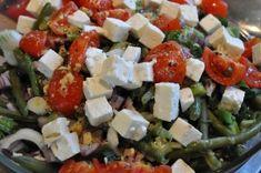kold bønnesalat bønnesalat til hovedret bønnesalat som forret bønnesalat med feta cocktailtomater og forårsløg bønnesalat i sur sød dressing...