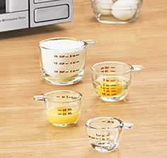 glass measuring cups set- love that they have all 3 sizes: oz, ml, & cup