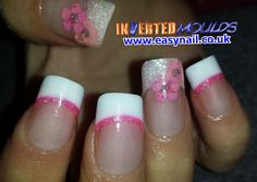 Real Dried Flowers, created by Cheryl Hammond using Inverted Moulds Products available from www.easynail.co.uk #Invertedmoulds #nails #nailart #pink #glitter