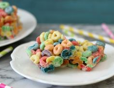 Fruit Loop Treats - A sweet, crunchy, fruity bar made with Fruit Loops cereal and marshmallow.