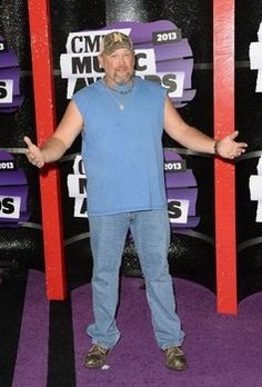 Larry the Cable Guy threatened by Carrie Underwood's husband