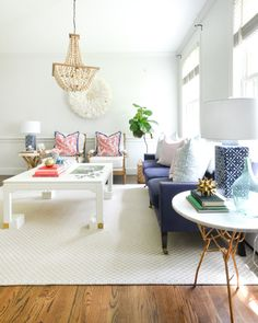 The Chronicles of Home blog shares a summer home tour of the living room and guest room. Simple, pretty ideas for bringing a summer feel into your home.