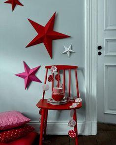 Deko mit Sternen - Ideen zu Weihnachten: Selbstgefaltete Sterne & Weihnachtsgirlande - [LIVING AT HOME]