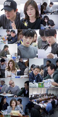 Lee Bum Soo, Kim Jae Joong, Im Si Wan and More Hold First Script Reading for 'Triangle'  #triangle #jaejoongsiwan #jaejoongtriangle #jaejoongdrama #limsiwan #kimjaejoong #jyjjaejoong #kpopnews #tvxq #jyjalbum #trialngle