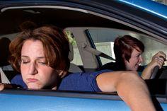 Wanneer je met de auto door kronkelige bergwegen reis kan je last krijgen van reisziekte of wagenziekte. Doe er iets aan met deze praktische tips!