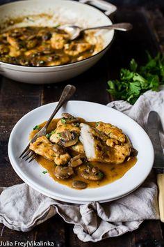 Best Chicken Marsala (Classic Recipe Made Easy) - Vikalinka Veggie Side Dishes, Side Dish Recipes, Dinner Recipes, Main Dishes, Turkey Recipes, Chicken Recipes, Chicken Marinades, Pasta Recipes, Best Chicken Marsala Recipe