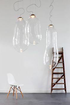 The Big Bubble by Alex de Witte Schwarz und Weiß im Schlafzimmer #aupingde #designbett #designbed #schlafzimmer #bedroom #whitebedroom #guterschlaf #sleepwell #schlafzimmertrends #einrichtungstrends #schlafkomfort #betten