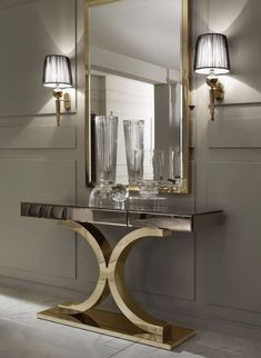 Mirrors are fundamental pieces for any interior, or decor style. Here we explore 10 decorative mirror designs for the modern home decor Best Interior, Luxury Interior, Modern Interior Design, Interior Design Inspiration, Luxury Furniture, Furniture Design, Mirror Furniture, Diy Inspiration, Mirror Inspiration