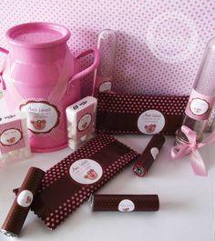Lindo kit para Mesa de Guloseimas.  - Tubete - Chocolate Nestlé - Chocolate Batom - Tic Tac - Leiteira