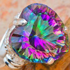 What a fiery mystic topaz!  Azotic coating  #topaz #jewelry http://www.wonderfinds.com/r/