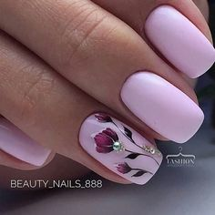 Pink nails with flower design #pinknails