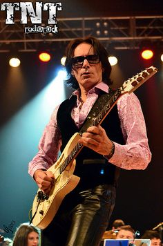 Steve Vai - was his brain child. Johnny Depp And Amber, Xmas Songs, David Lee Roth, Steve Vai, We Will Rock You, She Movie, Ozzy Osbourne, Amber Heard, Playing Guitar
