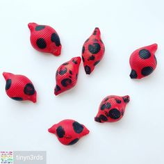 How adorable is this ladybug pasta idea by Regrann from . - Diy And Crafts Paper Folding Art, Paper Art, Origami History, How To Make Origami, Your Child, Ladybug, Crafts For Kids, Pasta, Let It Be