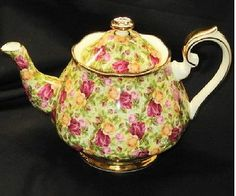 Royal Albert Old Country Roses Chintz Collection England Large Tea Pot Teapot