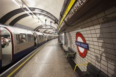 Estaciones de metro grandiosas | Fotogalería | El Viajero | EL PAÍS Baker Street Station / London Tube