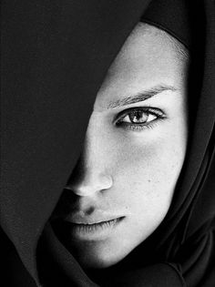 Photography Inspiration - Women Portraiture - Faces - Intriguing Gazes - Black White