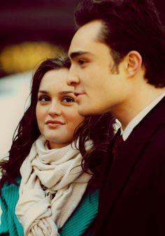 Chuck and Blair, cute couple.... like Blair's scarf and jacket