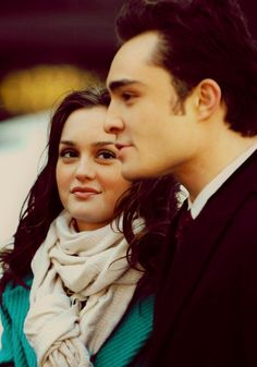 Chuck and Blair, cute couple.... like Blair's scarf and jacket