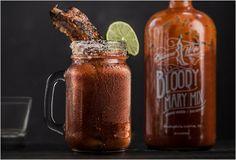 Trabalhado à mão em Austin, no Texas, o Mix de Barbecue Wife com Bloody Mary é uma bebida poderosa que não requer que você adicione mais nada, basta colocar vodka e umas pedras de gelo e você tem um Bloody Mary gourmet na mão. A mi