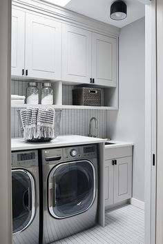 In a laundry room, porcelain mosaic tile and Caesarstone counters from Marble America set the tone. Modern Laundry Rooms, Laundry Room Design, Modern Bathroom, Laundry Room Inspiration, Basement Laundry, Basement Renovations, Basement Ideas, Elegant Homes, Decoration