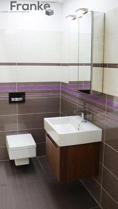 Waschtisch und Unterschrank sowie Tiefspül-WC von Duravit. Fliesenserie Livin überzeugt mit tollen Farbkonzept für individuelle Farbgestaltung http://www.franke-raumwert.de/Fliesen/Steuler/Livin-/ #Duravit #Waschtisch #Unterschrank #Livin #Steuler