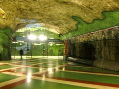 Globetrotter: FREE Things To Do #Stockholm - Metro #Art (Tunnelbana). #Sweden