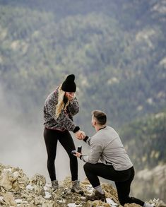 Surprise Proposal Pictures, Cute Proposal Ideas, Engagement Photo Poses, Engagement Pictures, Engagement Photography, Engagement Rings, Plan My Wedding, Dream Wedding, Wedding Proposals