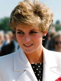 """Denbighshire photographer releases book of Royal Family pictures. Princess Diana at Altrincham, July 1992, taken from """"A Personal Portrait of The Royal Family"""" by Colin Edwards - Daily Post"""