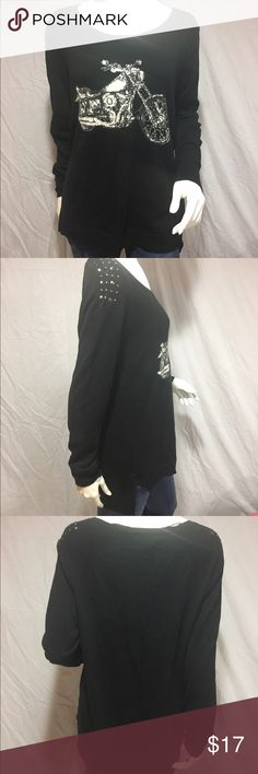 "Motorcycle sweater  Black sweater with a white and grey motorcycle on the front. Has black studs in both shoulders. Slightly longer in the back, and has small slits up both sides of the bottom. Front length: 26"", back length: 30"", armpit to armpit: 21"", waist: 22"" across. Has very minimal pilling, other than that in great condition. Feel free to make me a reasonable offer  Rock & Republic Sweaters Crew & Scoop Necks"