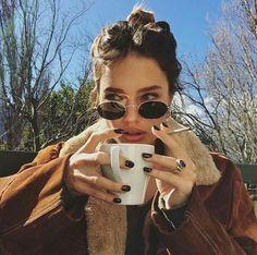 Imagen de girl, coffee, and autumn