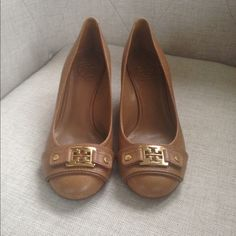 Spotted while shopping on Poshmark: Tory Burch Shoes! #poshmark #fashion #shopping #style #Tory Burch #Shoes