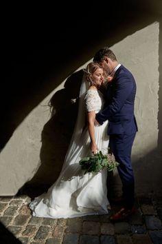Bryllup Fredrikstad gamlebyen Victorian, Wedding Dresses, Fashion, Bride Dresses, Moda, Bridal Gowns, Fashion Styles, Wedding Dressses