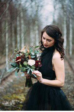 Dark Bride - Winter Wedding Romance from Carito Photography (www.carito-photography.de) - Hochzeitsguide