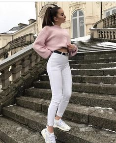 Daily Outfits Which one is your favourite? Credit to: You can find Fashion magazine and more on . White Jeans Outfit, White Skinny Jeans, White Pants, Casual Fall Outfits, Winter Fashion Outfits, Mode Outfits, Girl Outfits, Ideias Fashion, Womens Fashion