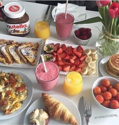 Find images and videos about love, food and delicious on We Heart It - the app to get lost in what you love. Think Food, I Love Food, Good Food, Yummy Food, Comida Picnic, Healthy Snacks, Healthy Recipes, Breakfast Healthy, Morning Breakfast
