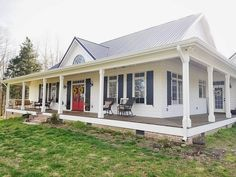 new Ideas farmhouse plans with wrap around porch metal roof dream homes Farmhouse Exterior Colors, Farmhouse Shutters, Exterior House Colors, Exterior Design, Metal Roofs Farmhouse, Colonial Exterior, Traditional Exterior, House Wrap Around Porch, House With Porch
