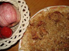 Mennonite Girls Can Cook: Streusel Apple Pie