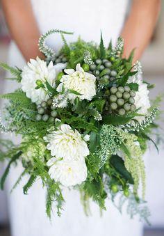 fresh and springy green bouquet found on StuffDOT! http://www.stuffdot.com/index.php?tid=beaf8f9ca0e0ef24dbb15e9aef5dc2fa