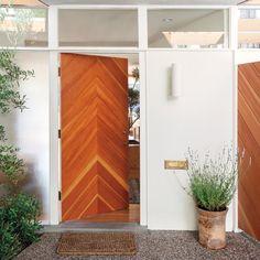 Porte d'entrée bois chevron