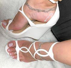 Beautiful High Heels, Beautiful Toes, Sexy Legs And Heels, Sexy High Heels, Shoes Heels Wedges, Wedge Heels, Stockings Heels, Sexy Toes, Female Feet