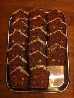 Ontbijtkoek-huisjes voor de kids morgen!