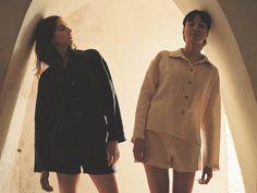 Rain Jacket, Windbreaker, Raincoat, Jackets, Fashion, Down Jackets, Moda, Fashion Styles