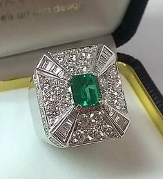"""Emerald & Diamonds"""